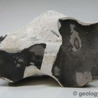 quartz-flint-502